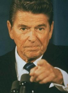 1986-reagan-pointing